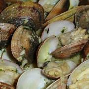 Bocados de mar a precio popular, en la IV Feria del Molusco