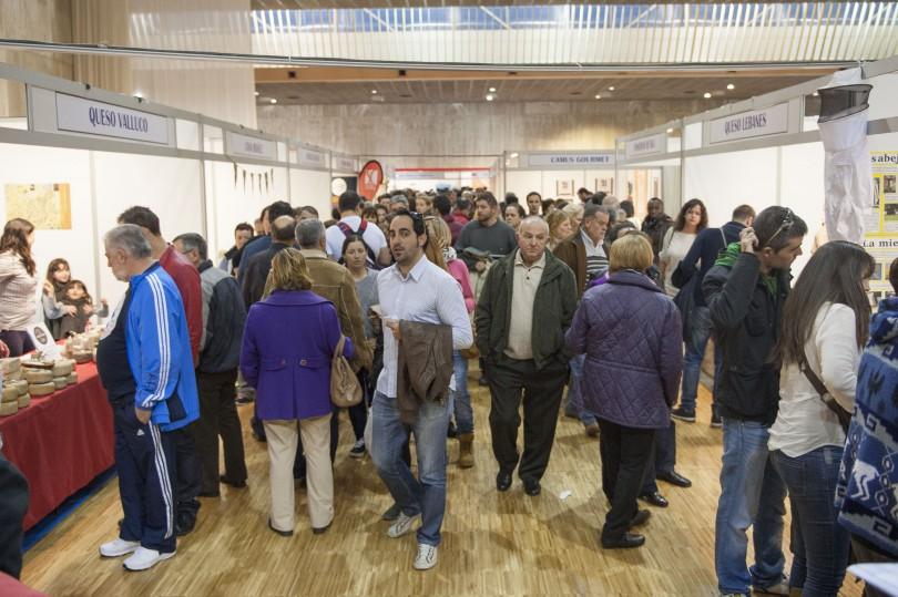 XII FERIA DEL PRODUCTO DE CANTABRIA. PALACIO DE EXPOSICIONES, SANTANDER. 13/12/2015 // FOTO: MARIA GIL LASTRA (MGL)