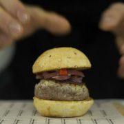 La hamburguesa, comida universal