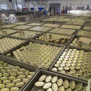 La industria conservera de Cantabria, a debate